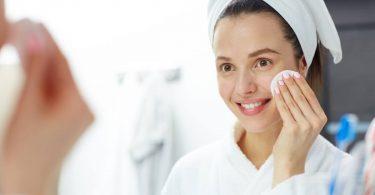 jak usunąć makijaż